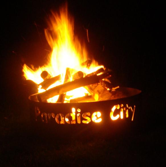 paradise city fire ring in the dark - Fire Rings